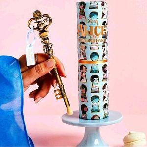 Alice In Wonderland Key To Wonderland Brush